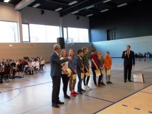Feierliche Preisübergabe an die Mannschaft des Gymnasium Bürgerwiese